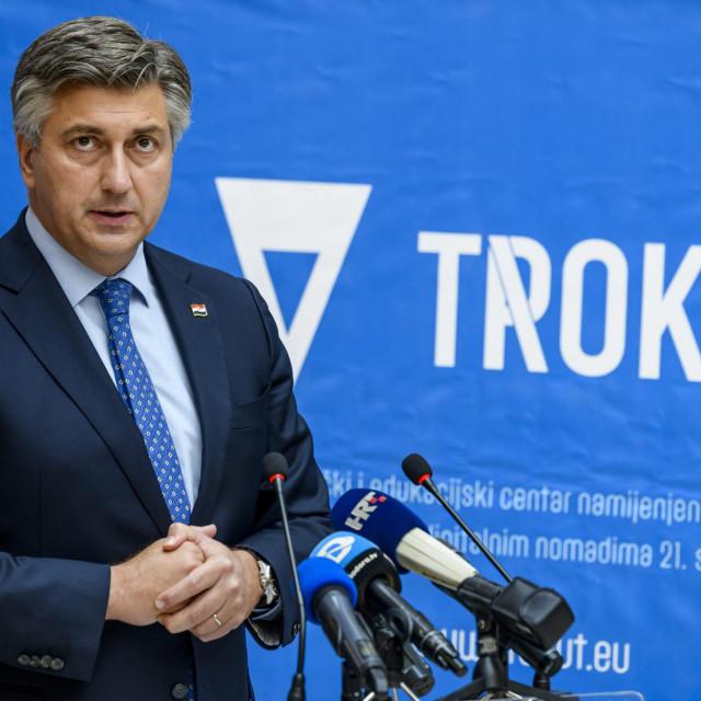 <br /> Premijer Andrej Plenković svečano otvorio Centar za poduzetništvo i nove tehnologije Trokut u Mandalini