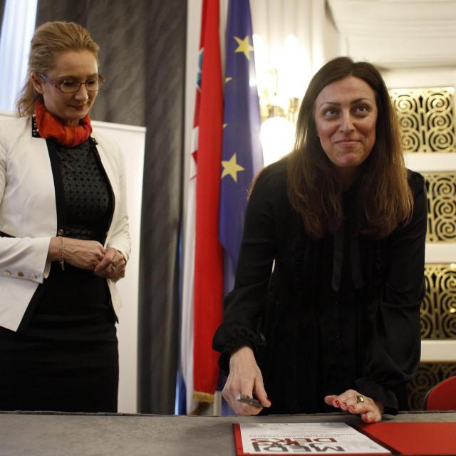 Višnja Ljubičić i Danijela Jozić