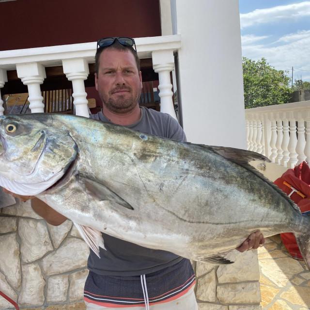 Lica od 26,2 kilograma na 14 metara dubine