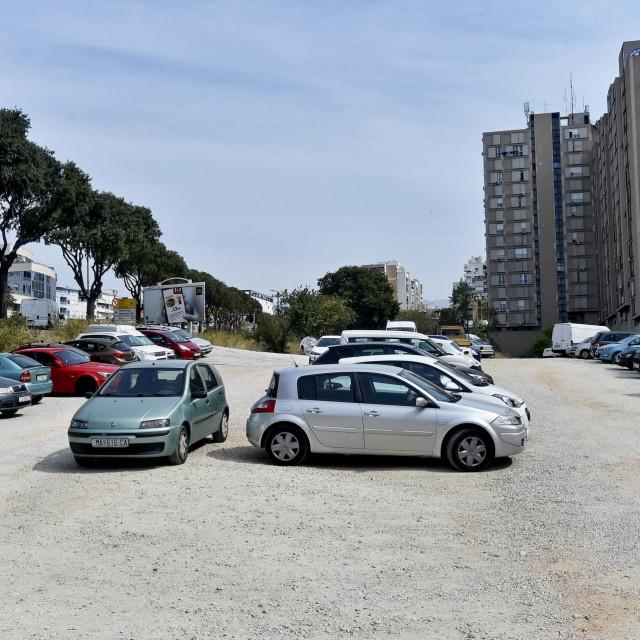 Budući prodajni objekt, najvjerojatnije 'Kauflandov', gradit će se s južne strane Poljičke ceste