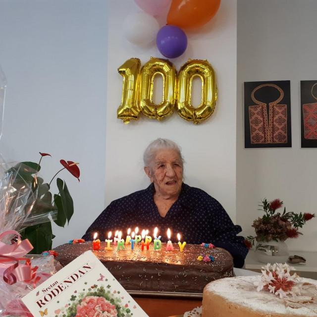 Gospođa Kate Braičević proslavila je stoti rođendan