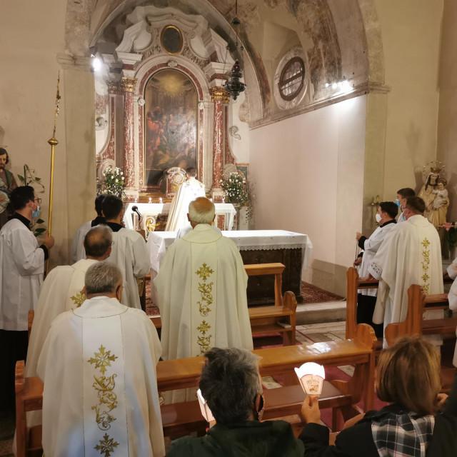 Trajno klanjanje u Splitu