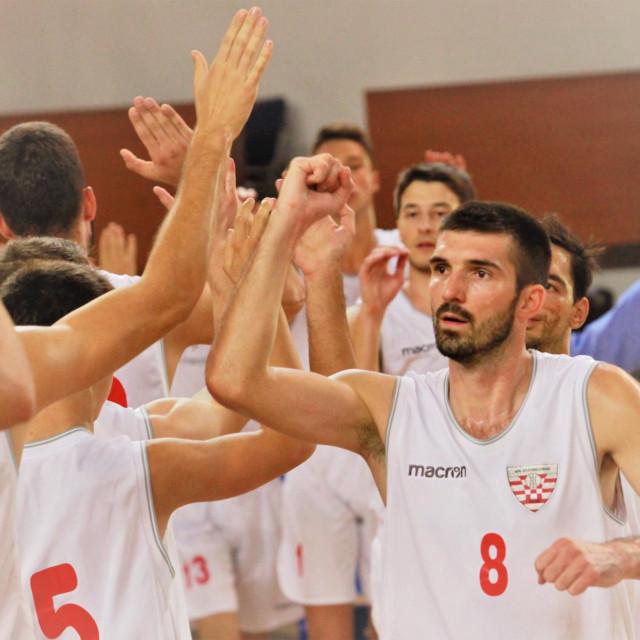 Nikola Došen, košarkaš Dubrovnika foto: Tonči Vlašić