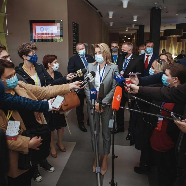 Na konferenciji Može li hrvatski turizam 365? otok Vir je istaknut kao šampion hrvatskog turizma