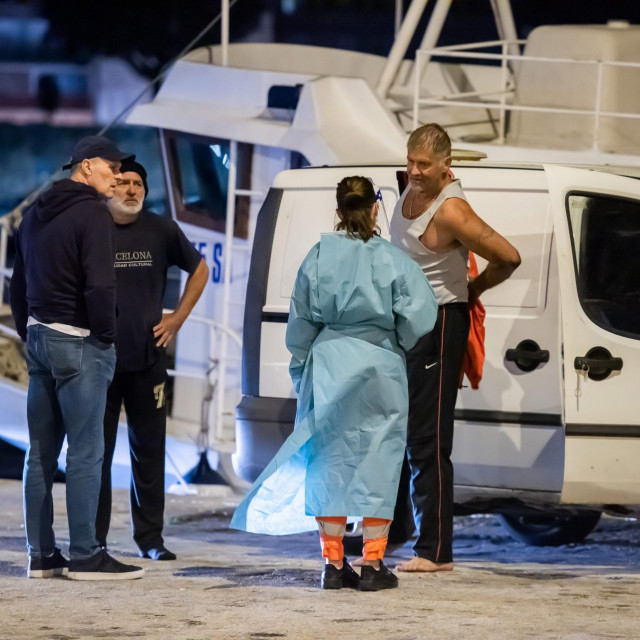 Ribari nisu bili ozlijeđeni i odbili su liječničku pomoć