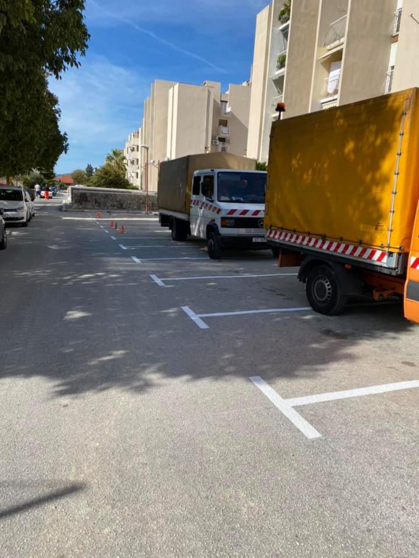 Iscrtani parking u Ulici Šime Ljubića