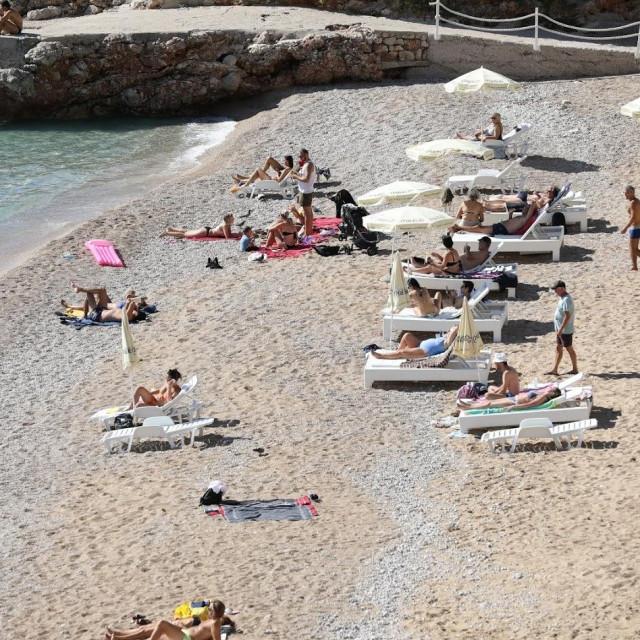 Druga listopadska subota na plaži Banje