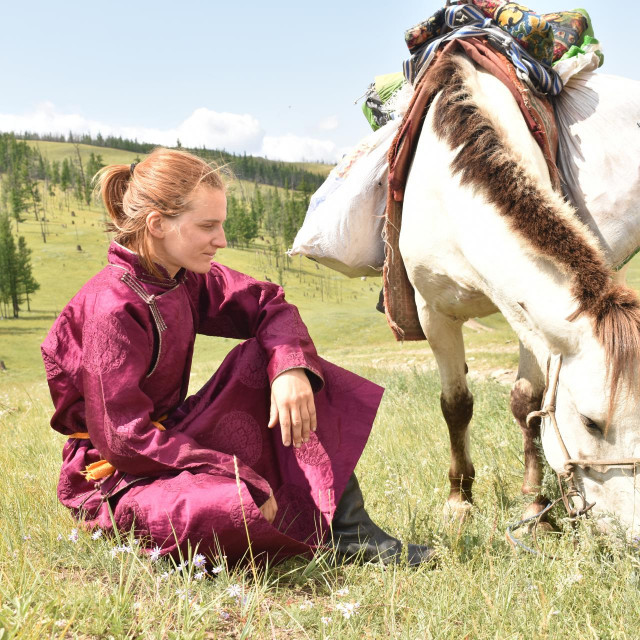 Tea i njezin Manto u bespućima Mongolije