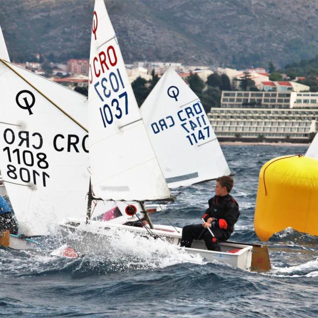 Dubrovačka regata za klasu 'optimist' 2020. godine foto: Tonči Vlašić
