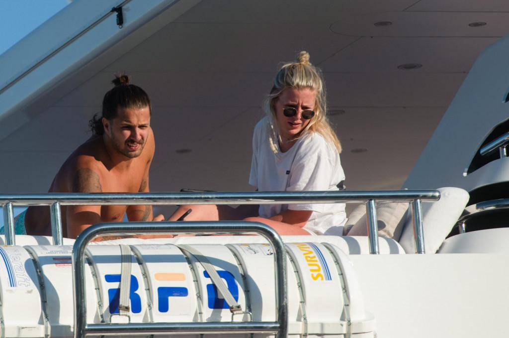 Nicole Stewart s dečkom Rodom Stewartom na palubi jahte u srpnju u Splitu