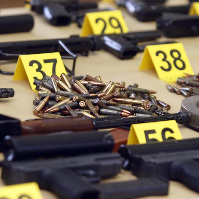 Velika zapljeni oružja na području Varaždina 2015.<br />