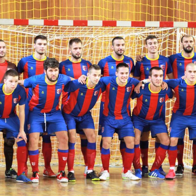 Malonogometni klub Square - 'crveno plavi' na startu sezone 2020./21. foto: Tonči Vlašić