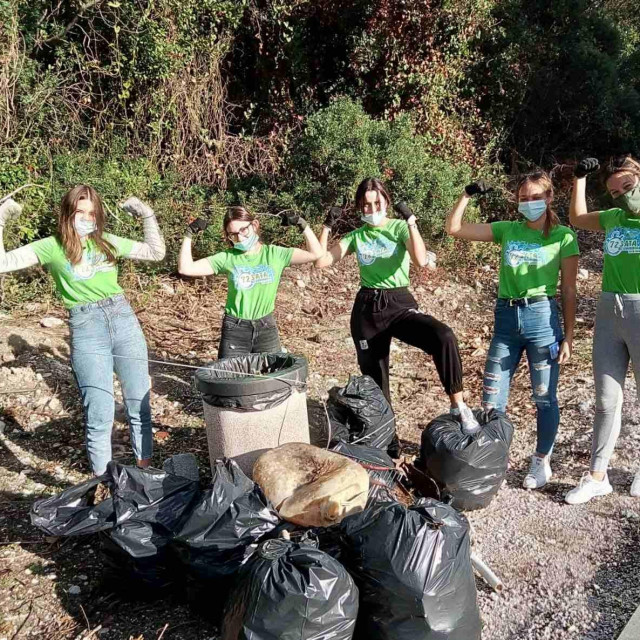 "Volonterski projekt ""72 sata bez kompromisa"""