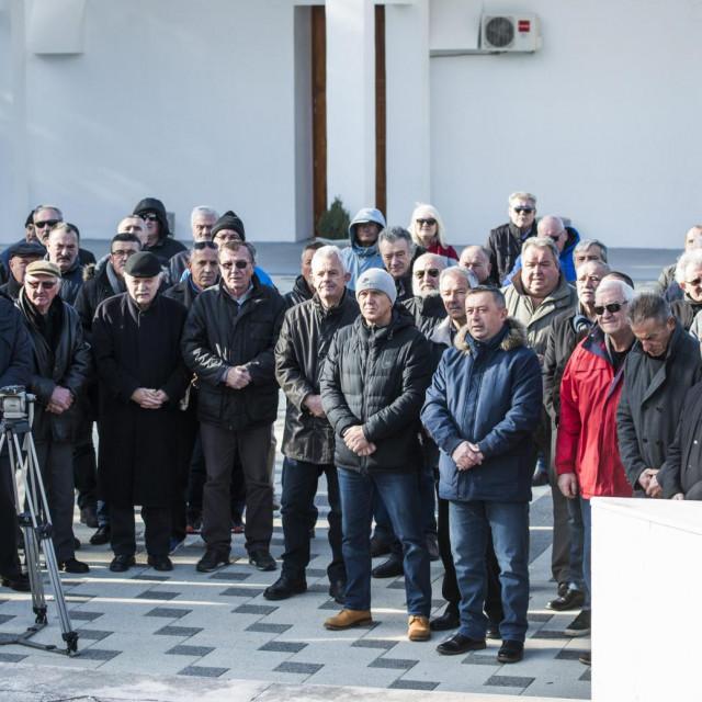 Prvi dragovoljci s područja bivše općine Šibenik snimljeni 2019. godine
