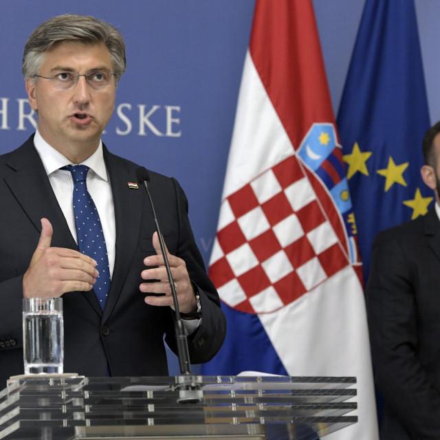 Premijer Plenković i ministar Aladrović