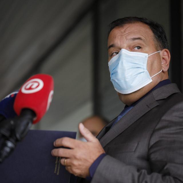 Vili Beroš:Svi hitni i nehitni pacijenti moraju dobiti najbolju moguću skrb bez obzira na koronavirus