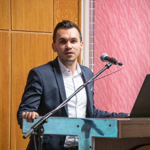 Damir Važanić