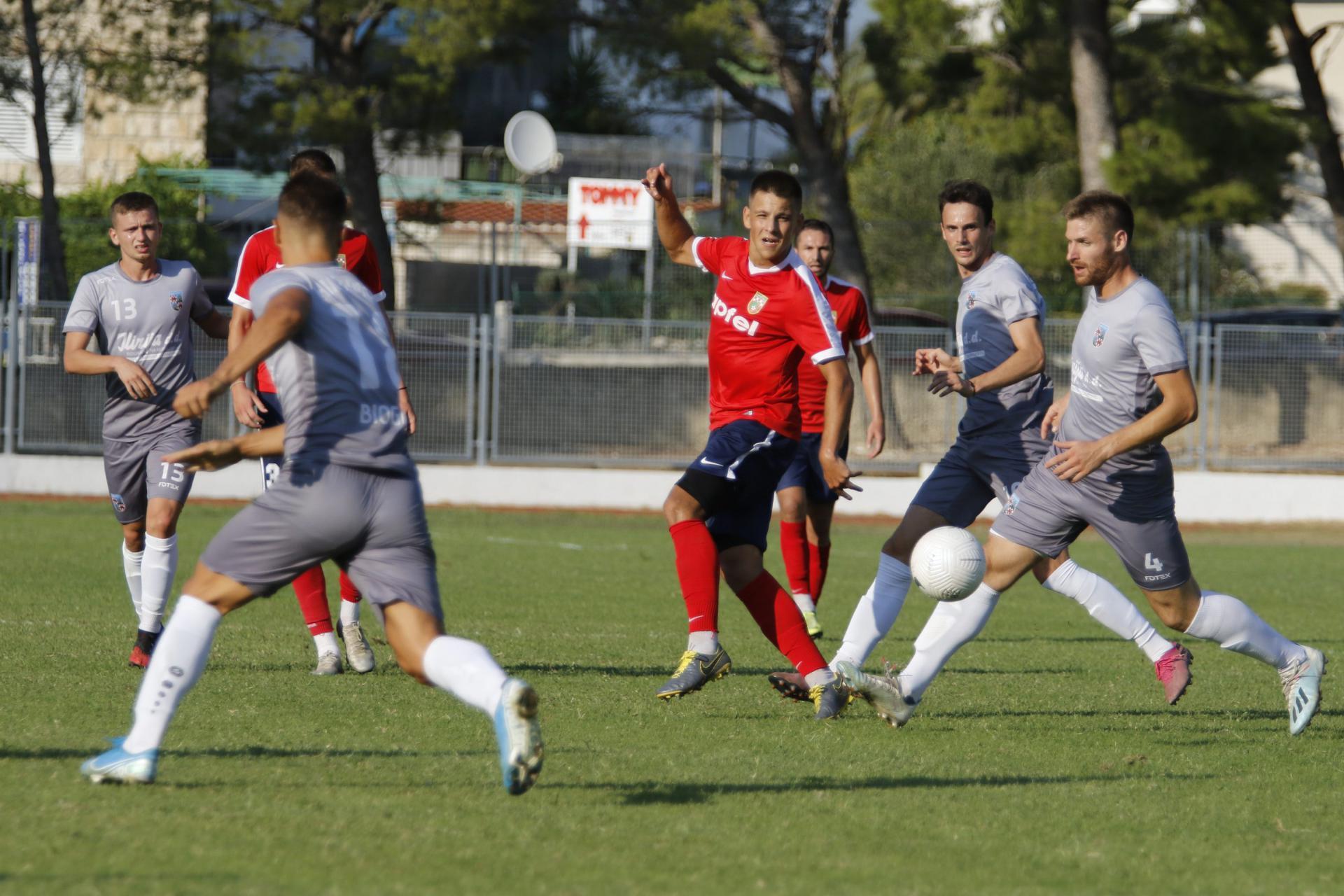 Zaslužena pobjeda Primorca, a Vodicama ostaje utjeha da su dobro igrali iako su izgubili četiri gola razlike