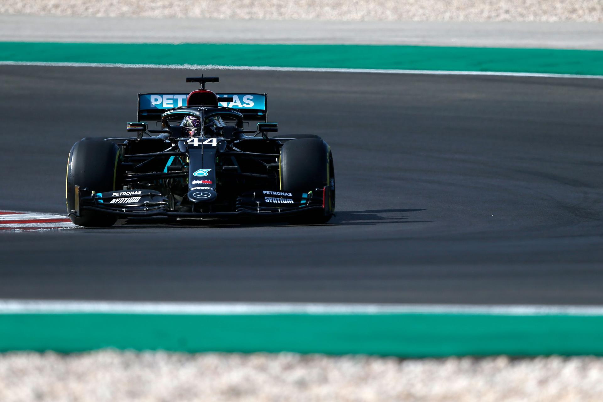 Lewsi Hamilton ostvario 97. 'pole position' u svojoj karijeri, Bottas zauzeo drugo mjesto u kvalifikacijama