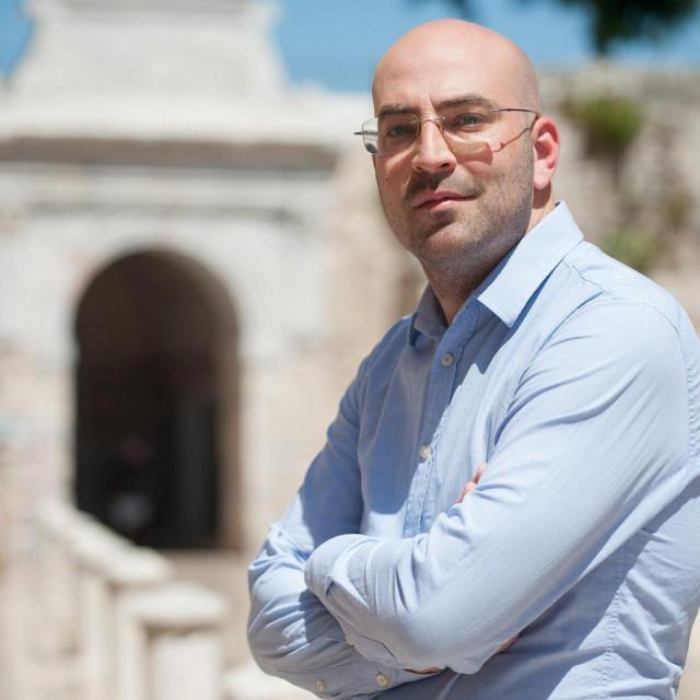 Dr. sc. Sven Marcelić