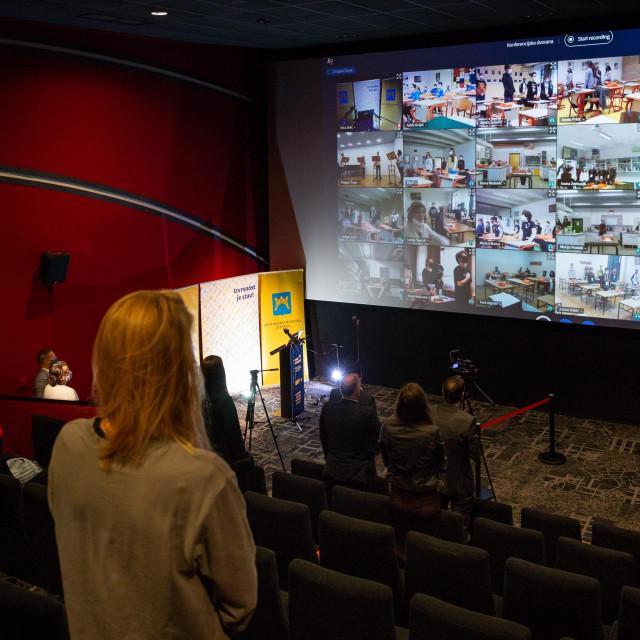 Videokonferencija na otvaranju Centra izvrsnosti u kinodvorani 'Mall of Split'