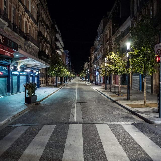 Puste ulice francuskog grada Toulousea