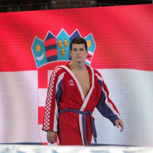 Marko Macan je sa seniorskom reprezentacijom bio svjetski prvak u Budimpešti 2017. (na slici), olimpijski doprvak iz Rija 2016., te vlasnik bronce 2018. s EP-a i bronce sa SP-a 2019. godine foto: Tonči Vlašić
