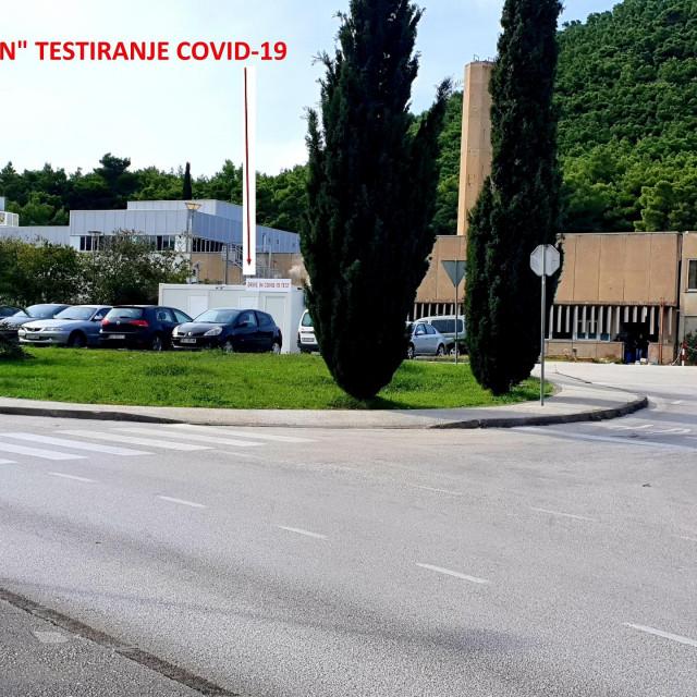 Drive-in testiranje na parkiralištu ispred Opće bolnice Dubrovnik