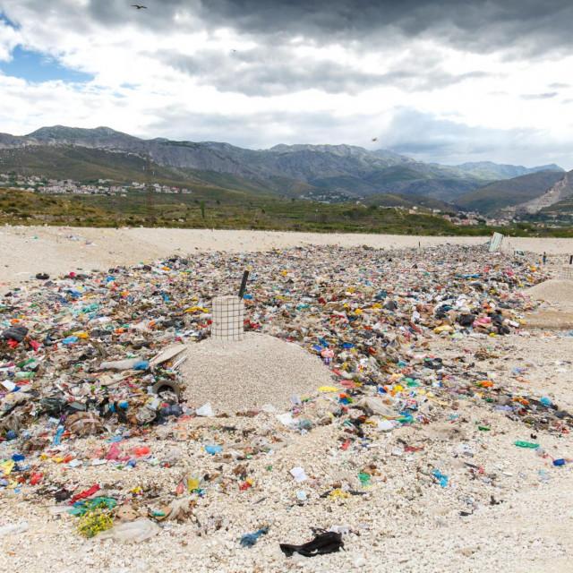 Na Karepovcu se otpad odlaže i na novoizgrađenoj sanitarnoj plohi
