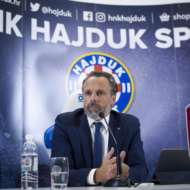 Predstavljanje novog predsjednika Uprave Hajduka, Lukše Jakobušića na Poljudu foto: Ante Čizmić/CROPIX