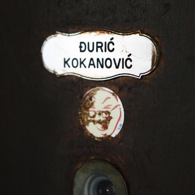 Vrata stana u kojem je Ivan Đurić, pod nadimkom Naci Đuro, mučio nesretnog čovjeka
