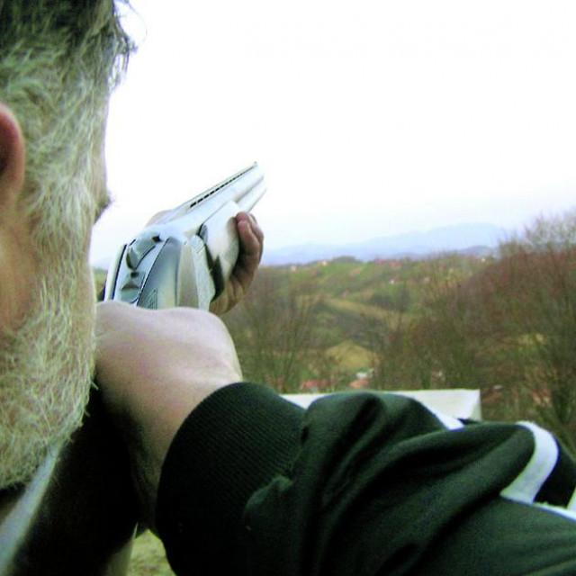 Marija Bistrica, 030907.<br /> U sumi kod Marije Bistrice lovac ranio svog kolegu,upucavsi ga u prsa u lovu na divlje svinje.<br />