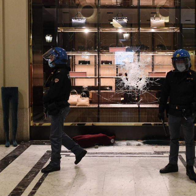 Policijski sat i u Italiji