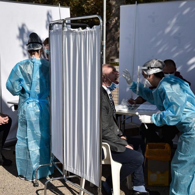 Testiranje u Grčkoj