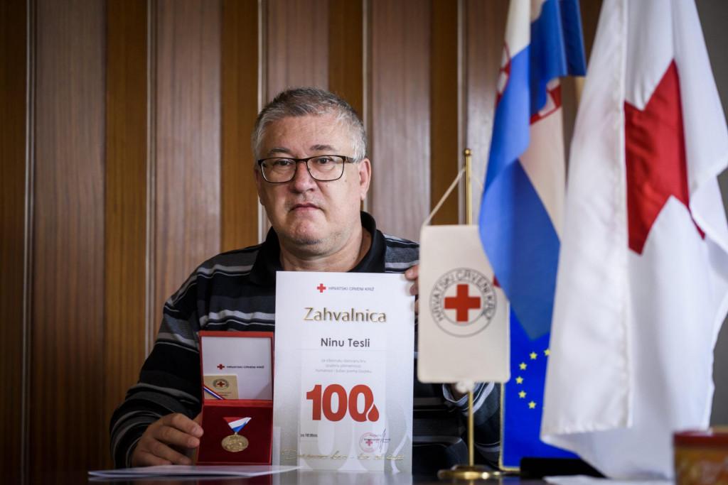 <br /> Nino Tesla dobrovoljni darivatelj krvi