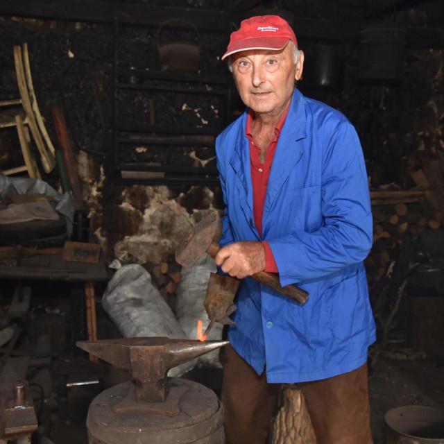 Vicko Jović na svome radnom mjestu