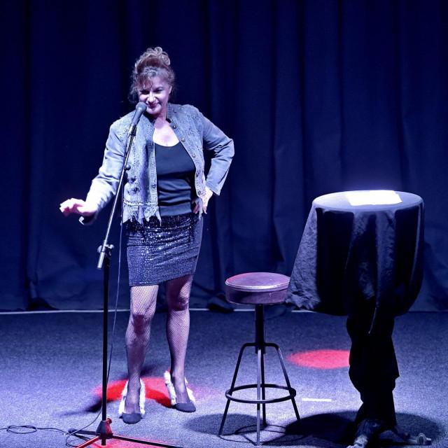 """Arijana Čulina s """"Disco babom"""" igra u Teatru na kraju grada"""