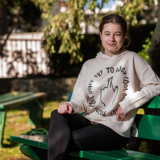 Stella Čolo (16) iz zadarskog MIOC-a je državna prvakinja u matematici