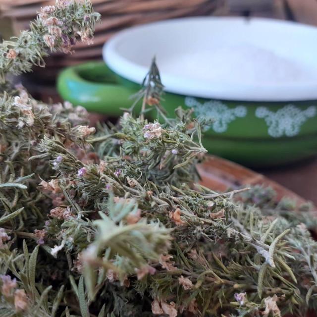 Vrijesak i sol za reparaciju respiratornog sustava