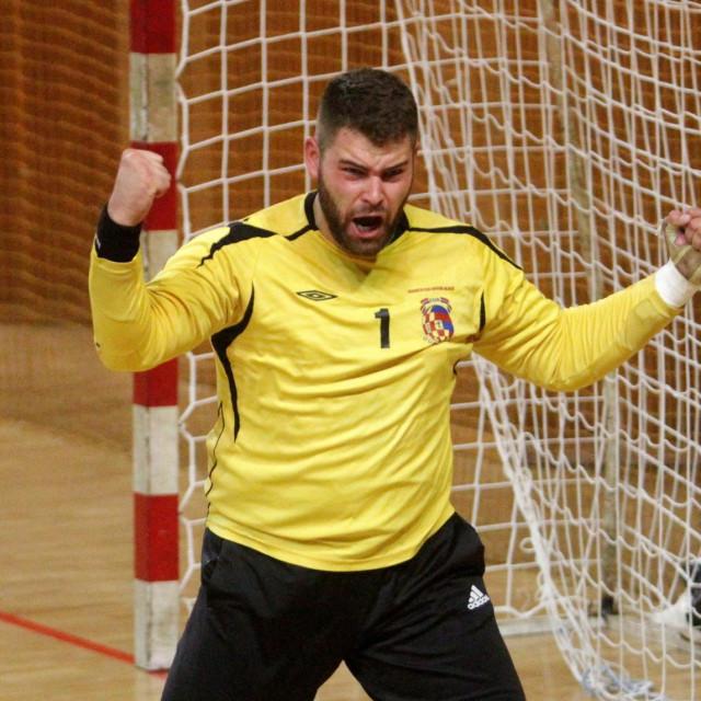 Kristijan Janđel, vratar RKHM Dubrovnik foto: Tonči Vlašić