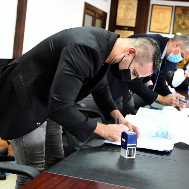 Potpisivanje Kolektivnog ugovora u splitskoj kulturi upriličeno je u zgradi gradske uprave