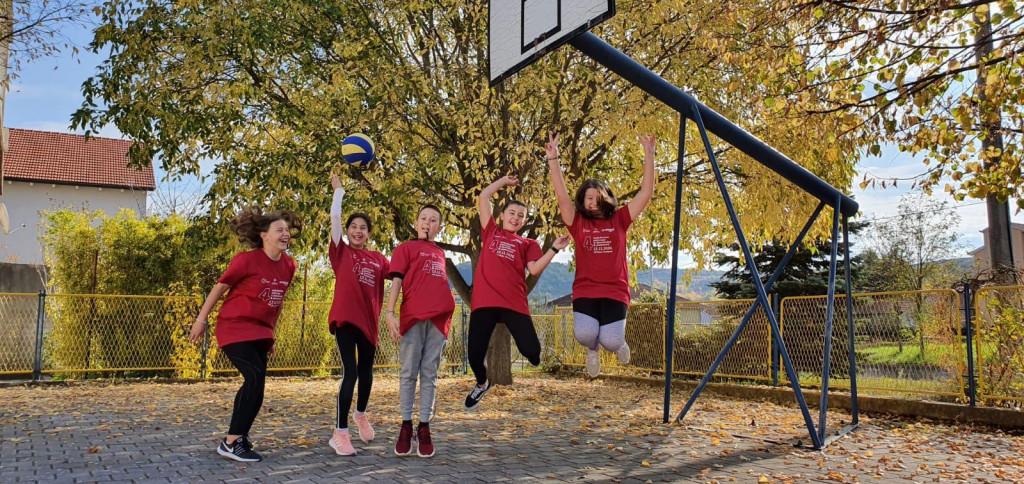 Učenici područne škole Košute, grupni pobjednici natjecanja