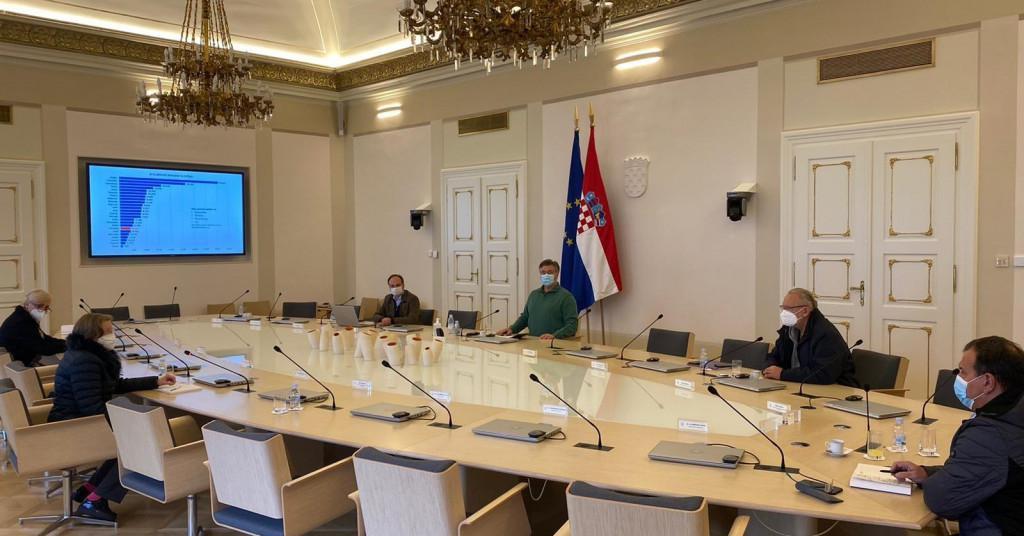 Sastanak premijera Plenkovića s Nacionalnim stožerom