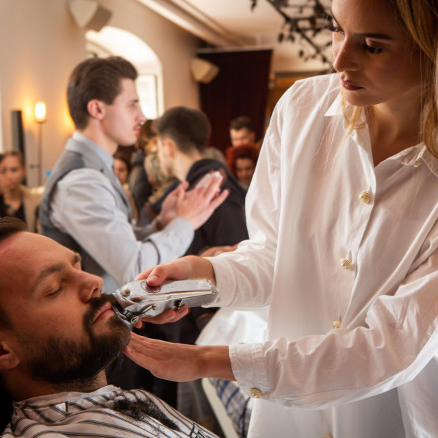 Aljoša Asanović na lanjskoj aukciji u salonu 'ka' Brada'<br />