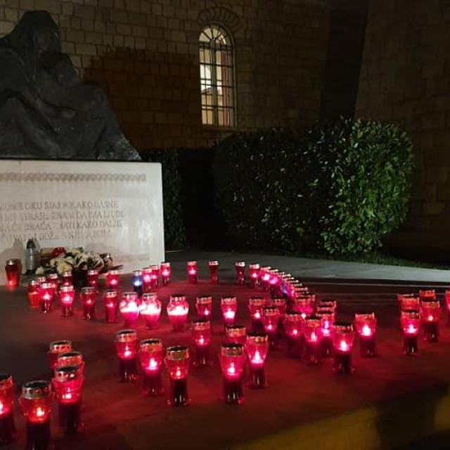 Paljenje svijeća za Vukovar u Čilipima