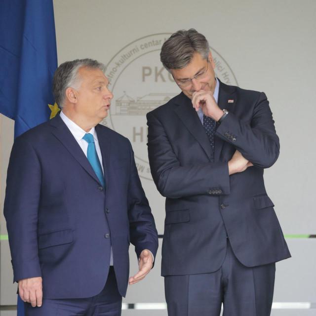 <br /> <br /> Na fotografiji: Andrej Plenkovic i Viktor Orban.<br />