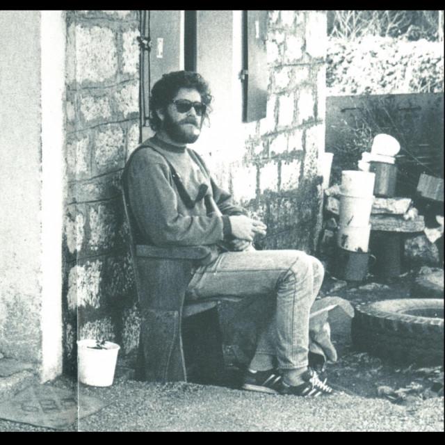 Popadić u svom dvoru u Blatu na Korčuli