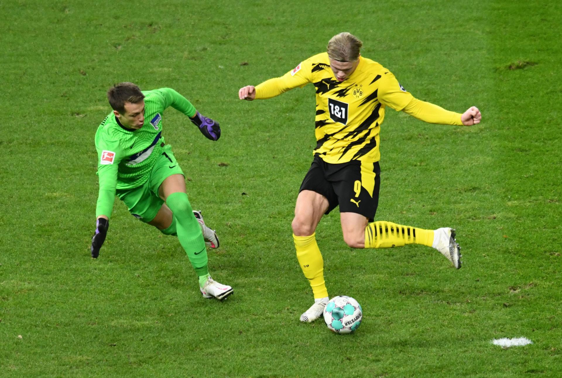 Borussia Dortmund preokretom do pobjede nad Herthom uz četiri gola sjajnog Haalanda, Bayern kiksao