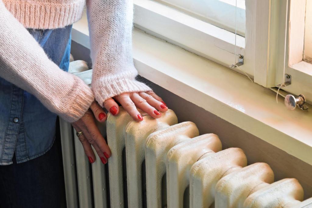 U 2019. bilo je 6,6% osoba koje žive u kućanstvima koja ne mogu priuštiti adekvatno grijanje u najhladnijim mjesecima