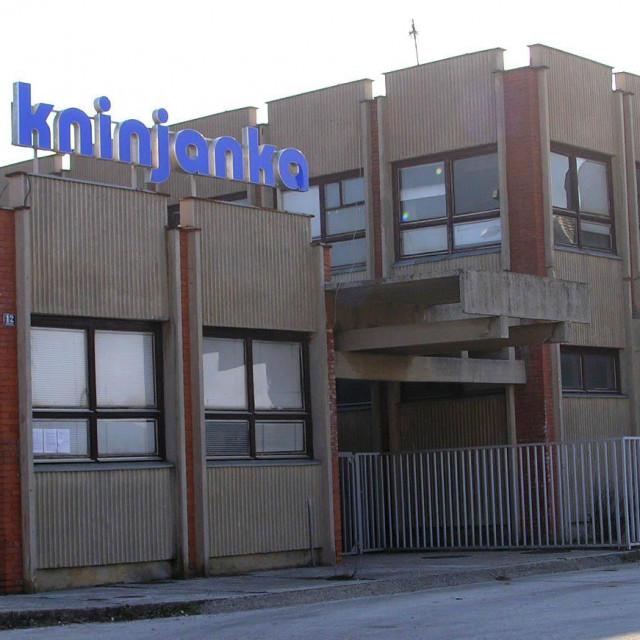 Knin, 21.09. 2005. - sibenska<br /> poduzetnicka zona Preparandija u Kninu - tekstilna tvornica Kninjanka<br /> snimila: Zivana Juras